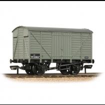 37-731B GWR 12T VENT VAN BR GREY