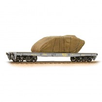 38-740 WD 40T 'Parrot' Bogie Wagon WD Grey With Sheeted Tank OO GAUGE