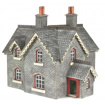 PN935 N SCALE SETTLE/CARLISLE STATION MASTER'S HOUSE