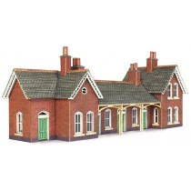PN137 COUNTRY STATION N GAUGE