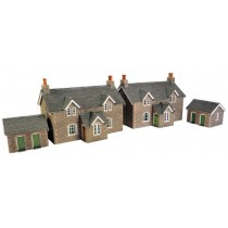 PO255 WORKERS COTTAGES OO GAUGE