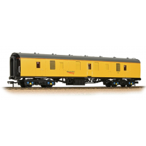 39-190 BR Mk1 BG Brake Gangwayed Generator Van Network Rail Yellow