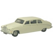 NDS001 OLD ENGLISH WHITE DAIMLER DS420 N GAUGE