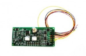 829002A PTB100 PROGRAMMING TRACK BOOSTER