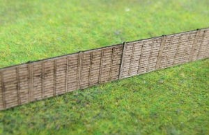 GMKD51 WOODEN FENCE WITH LATTICE TOP