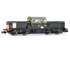 E84503 CLASS 17 BR GREEN SMALL YELLOW D8560