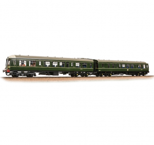32-900C Class 108 2-Car DMU BR Green (Speed Whiskers)